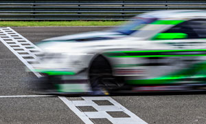 Landing-Race-Sports-Car